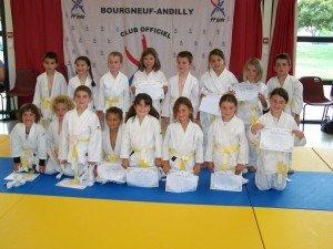 Remises des ceintures le 15.06.2012 (blanche-jaune) 101_0006-300x225